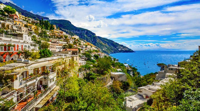 Dove Alloggiare in Costiera Amalfitana: Le Migliori Zone